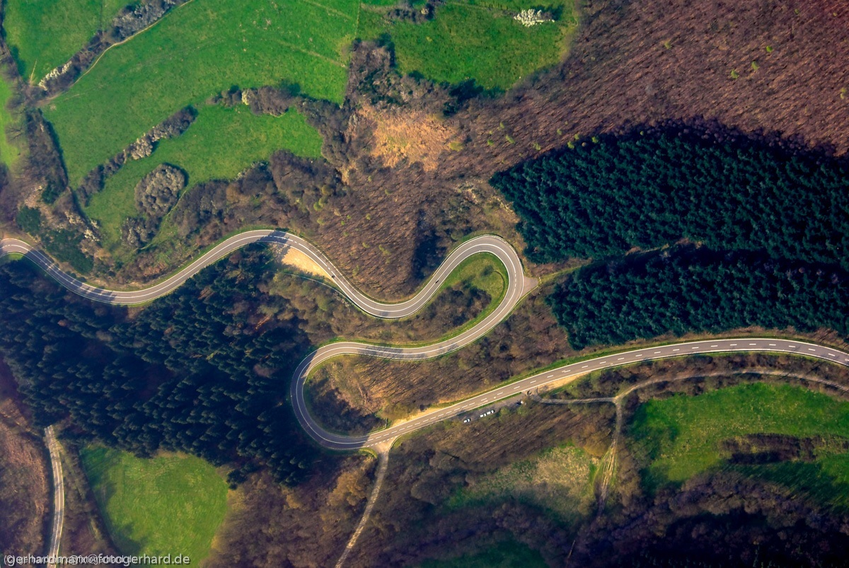 S-Kurven in der Eifel
